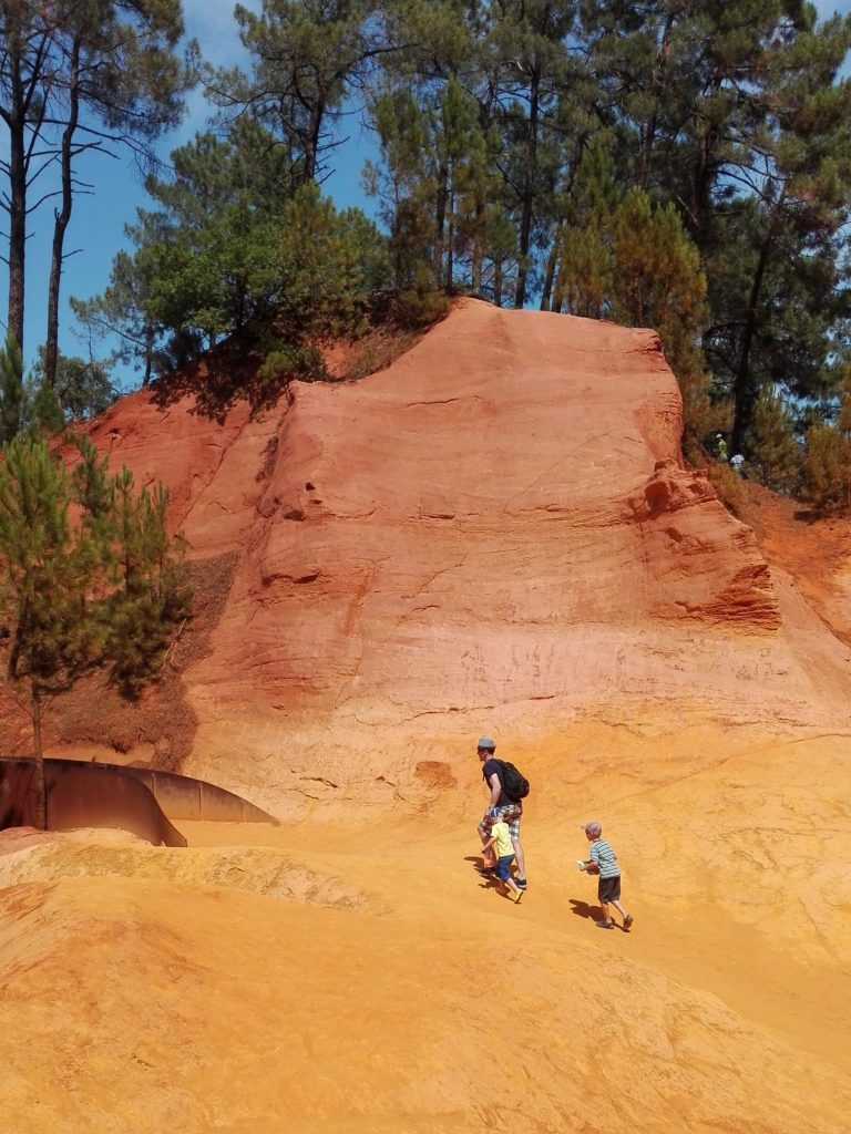 10 places you can´t miss in Provence Ochre trail