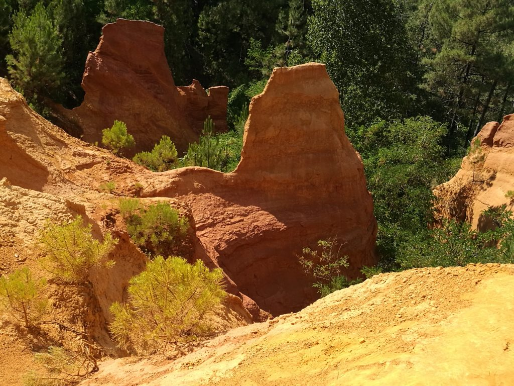10 places you can´t miss in Provence Ochre trails