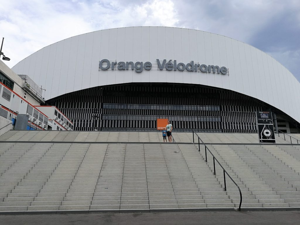 Orange Vélodrome front side