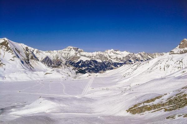 winter mountain landscape engstligenalp switzerland